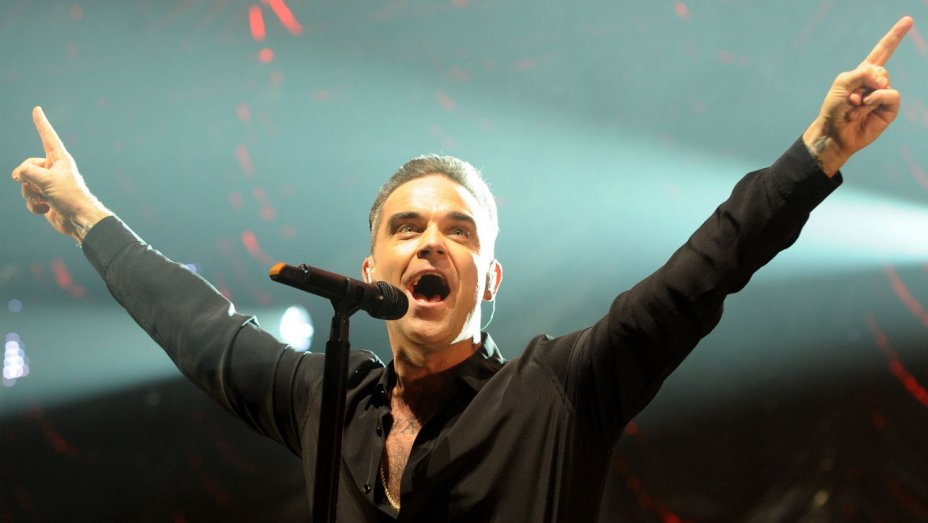 Robbie Williams Act – 19th Dec